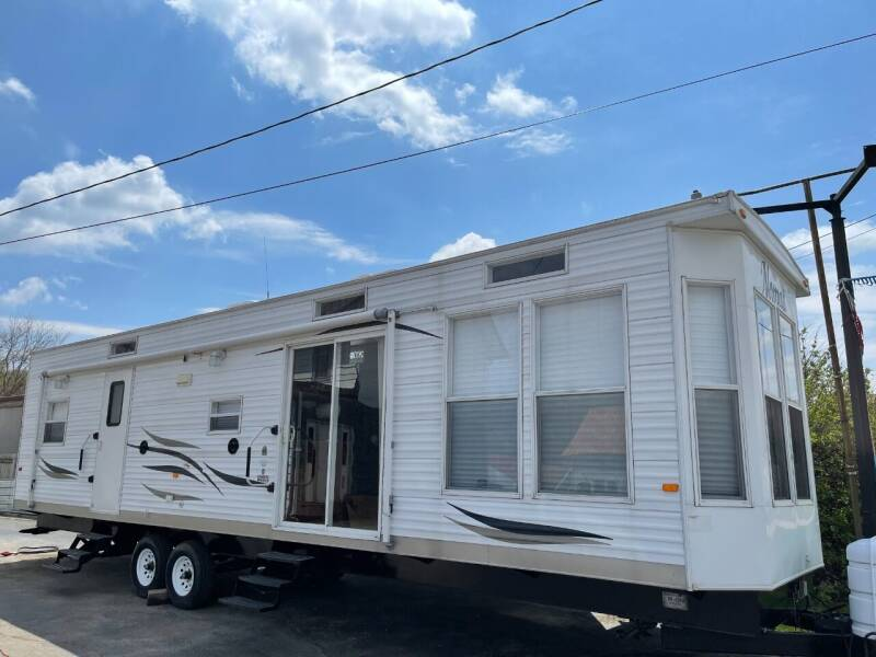 2012 Skyline Nomad 452 for sale at DiGiovanni's Xtreme Auto & Cycle Sales in Machesney Park IL