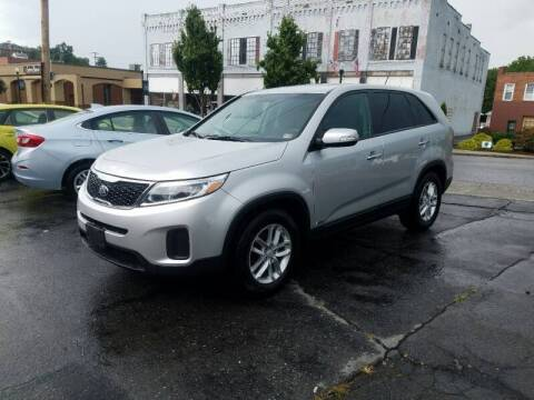 2014 Kia Sorento for sale at East Main Rides in Marion VA