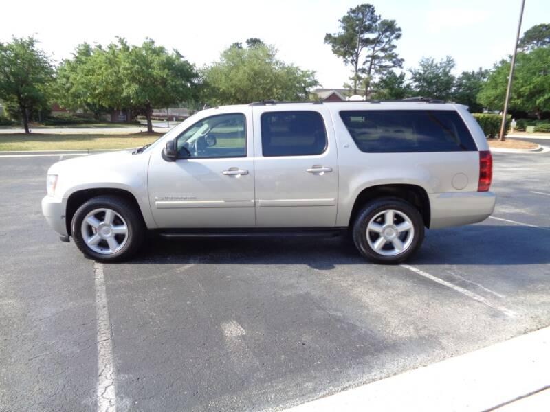 2007 Chevrolet Suburban for sale at BALKCUM AUTO INC in Wilmington NC