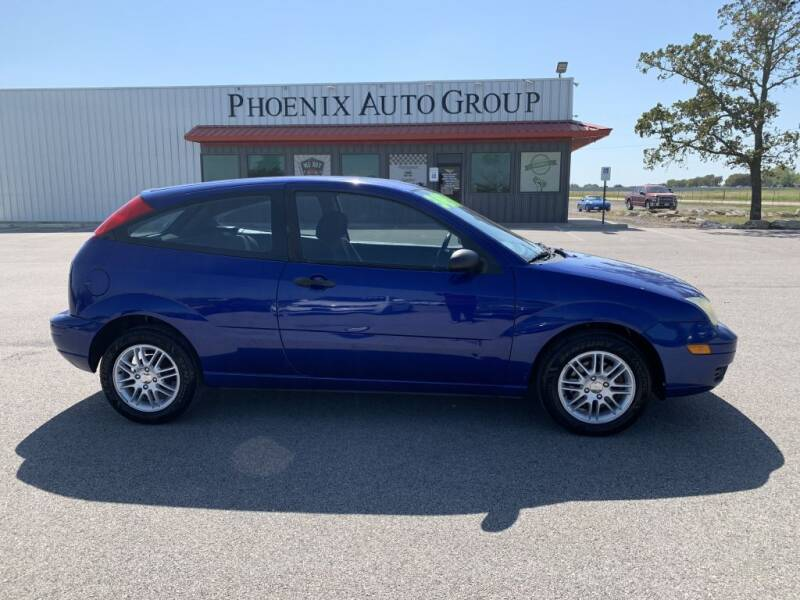 2006 Ford Focus for sale at PHOENIX AUTO GROUP in Belton TX