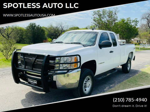 2007 Chevrolet Silverado 2500HD for sale at SPOTLESS AUTO LLC in San Antonio TX