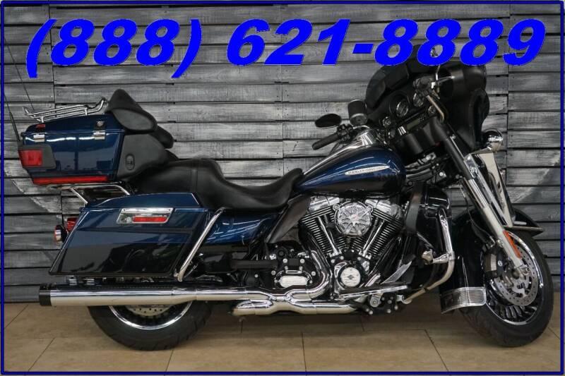 2013 Harley-Davidson Electra Glide for sale at AZautorv.com in Mesa AZ