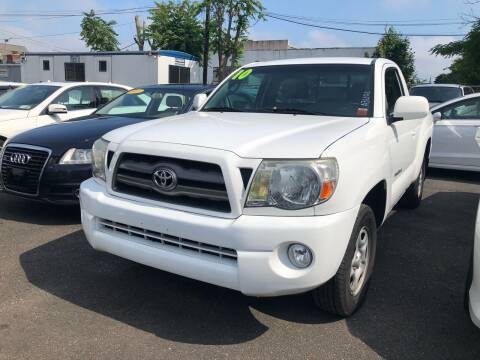 2010 Toyota Tacoma for sale at OFIER AUTO SALES in Freeport NY