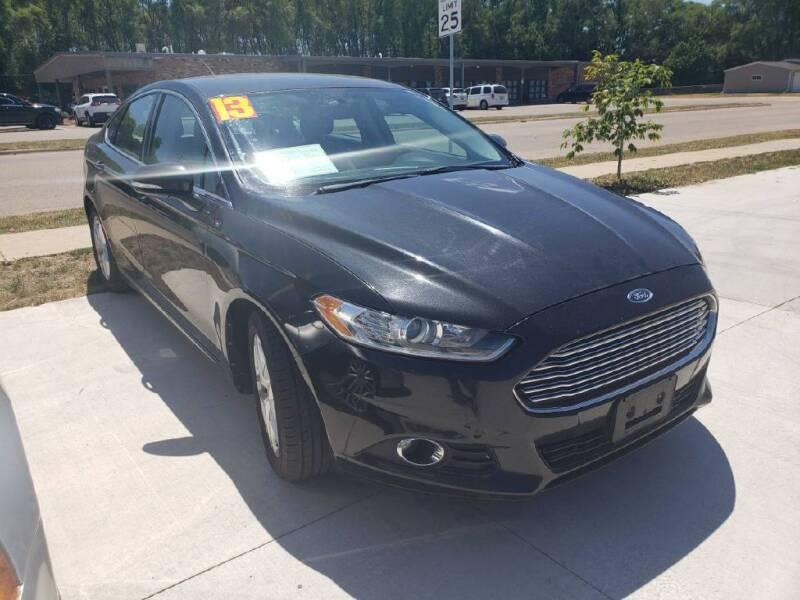 2013 Ford Fusion for sale at Bowar & Son Auto LLC in Janesville WI