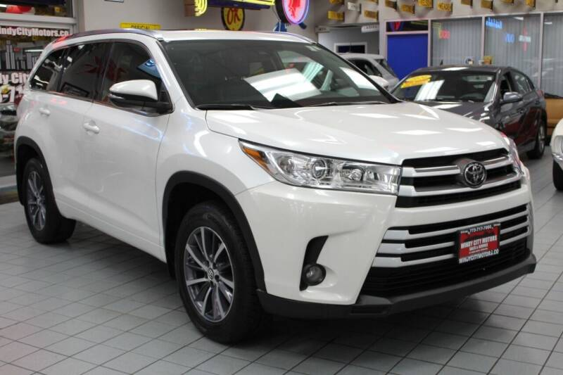 2018 Toyota Highlander for sale at Windy City Motors in Chicago IL