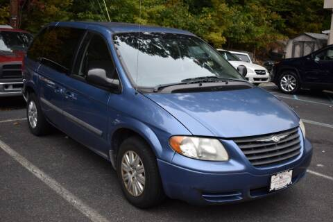 2007 Chrysler Town and Country for sale at Ramsey Corp. in West Milford NJ