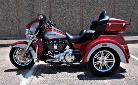 2019 Harley-Davidson FLHTCUTG for sale at M G Motor Sports in Tulsa OK