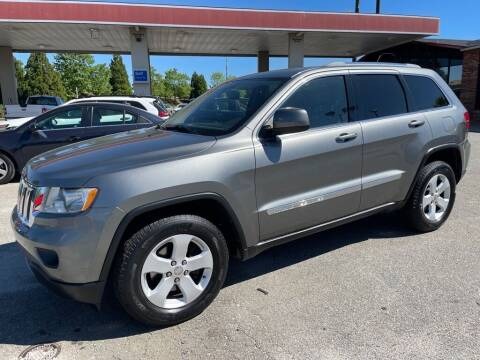 2011 Jeep Grand Cherokee for sale at Modern Automotive in Boiling Springs SC