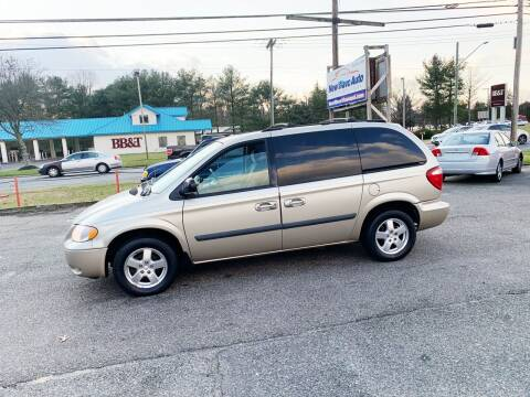 2005 Dodge Caravan for sale at New Wave Auto of Vineland in Vineland NJ