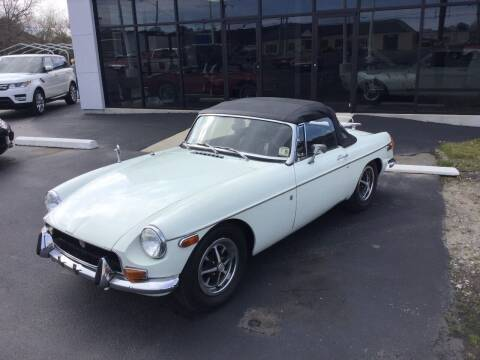 1971 MG B for sale at Classic Connections in Greenville NC