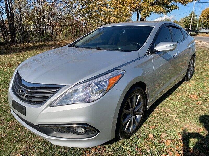 2015 Hyundai Azera for sale at CItywide Auto Credit in Oregon OH