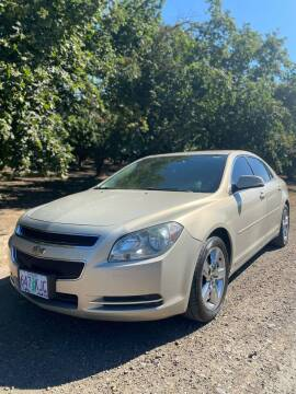 2010 Chevrolet Malibu for sale at M AND S CAR SALES LLC in Independence OR
