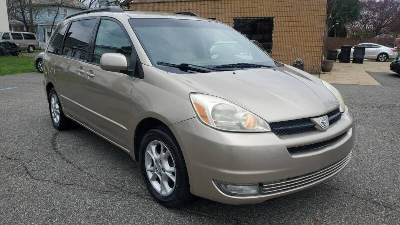 2005 Toyota Sienna for sale at Citi Motors in Highland Park NJ