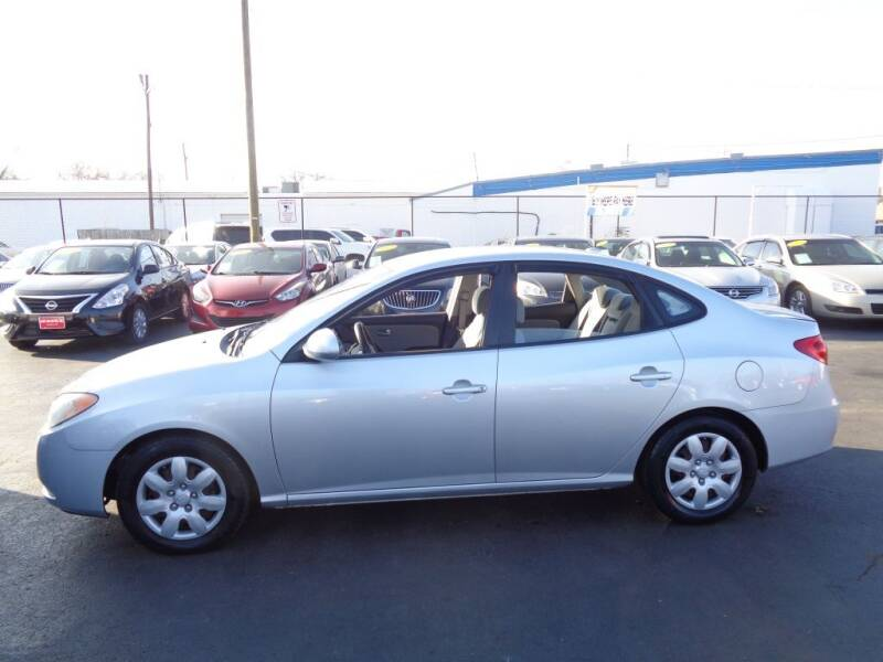 2008 Hyundai Elantra for sale at Cars Unlimited Inc in Lebanon TN