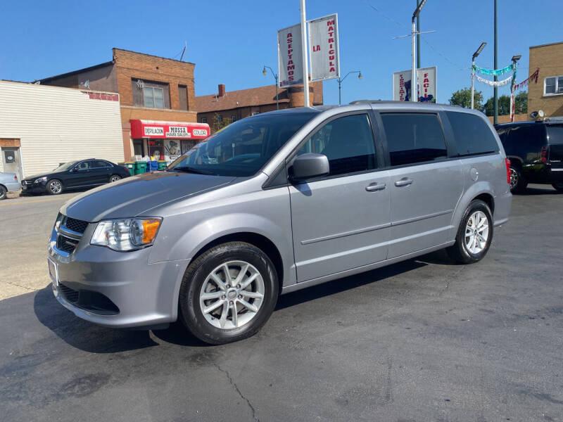 2016 Dodge Grand Caravan for sale at Latino Motors in Aurora IL