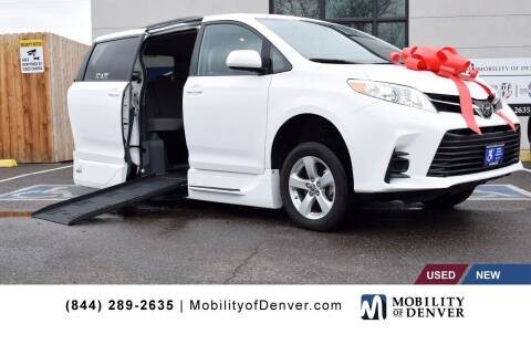 2020 Toyota Sienna for sale at CO Fleet & Mobility in Denver CO