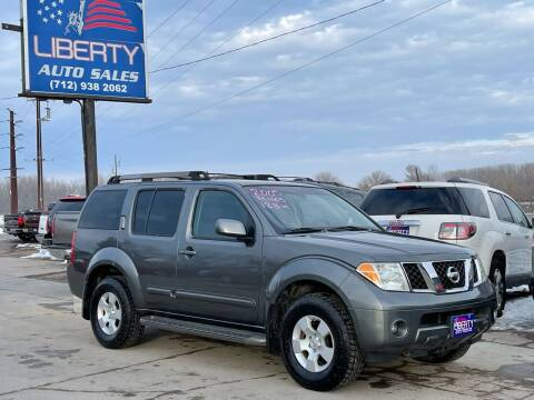 2005 Nissan Pathfinder for sale at Liberty Auto Sales in Merrill IA