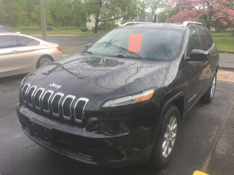 2014 Jeep Cherokee for sale at MELILLO MOTORS INC in North Haven CT
