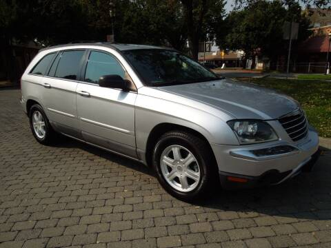 2005 Chrysler Pacifica for sale at Family Truck and Auto.com in Oakdale CA