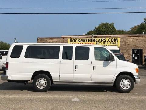 2004 Ford E-Series Wagon for sale at ROCK MOTORCARS LLC in Boston Heights OH