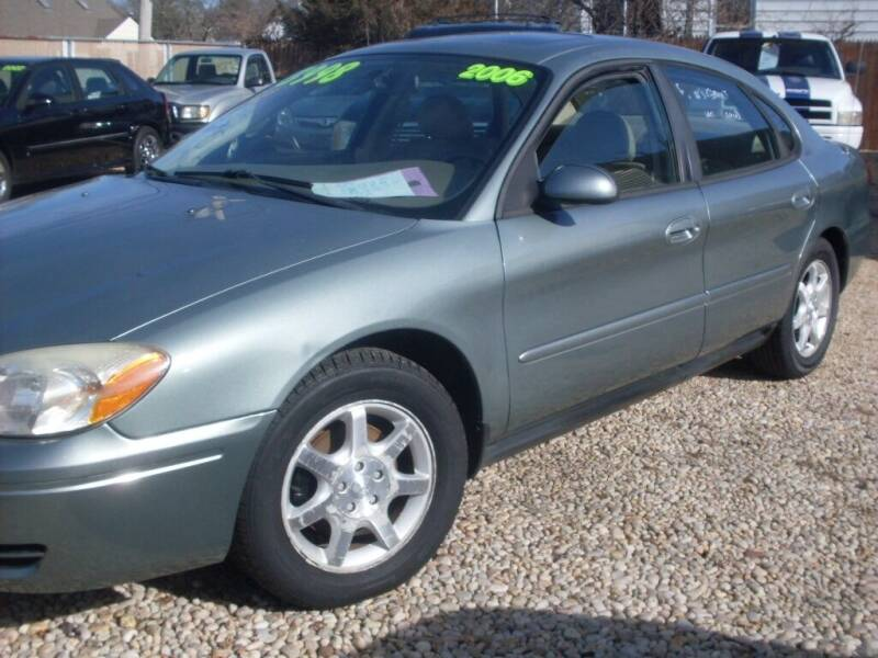 2006 Ford Taurus for sale at Flag Motors in Islip Terrace NY
