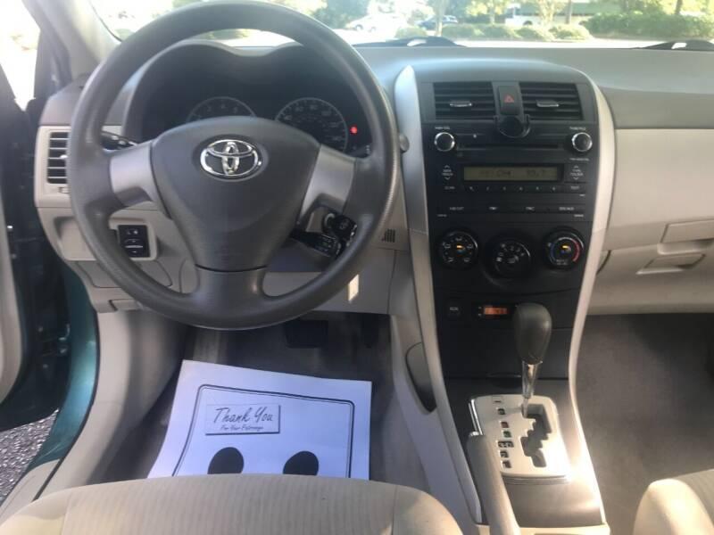 2010 Toyota Corolla LE 4dr Sedan 4A - Wilmington NC