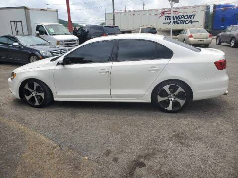 2012 Volkswagen Jetta for sale at Knoxville Wholesale in Knoxville TN