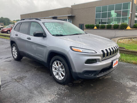 2017 Jeep Cherokee for sale at McCully's Automotive - Trucks & SUV's in Benton KY