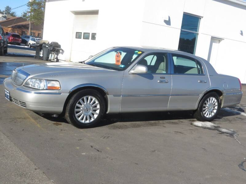 2003 Lincoln Town Car for sale at Price Auto Sales 2 in Concord NH