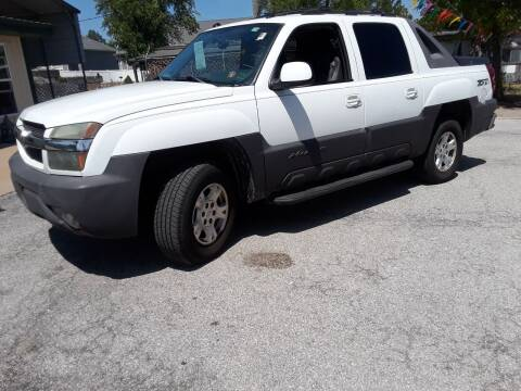 2004 Chevrolet Avalanche for sale at BBC Motors INC in Fenton MO