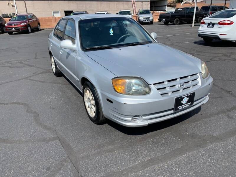 2005 Hyundai Accent for sale at Robert Judd Auto Sales in Washington UT