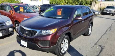2012 Kia Sorento for sale at Howe's Auto Sales in Lowell MA