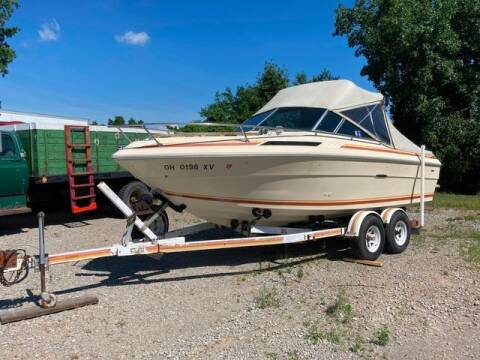 1982 Sea Ray 210 Cuddy