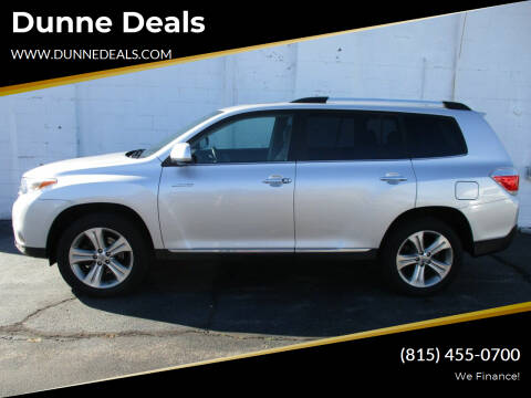 2012 Toyota Highlander for sale at Dunne Deals in Crystal Lake IL