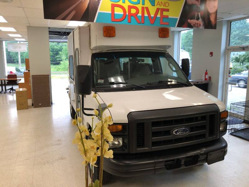 2008 Ford E-Series Cargo for sale at Grace Quality Cars in Phillipston MA