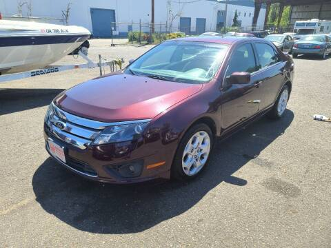 2011 Ford Fusion for sale at Kingz Auto LLC in Portland OR