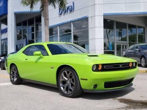 2015 Dodge Challenger for sale at DORAL HYUNDAI in Doral FL