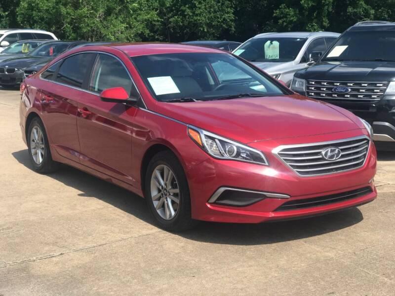 2017 Hyundai Sonata for sale at Discount Auto Company in Houston TX