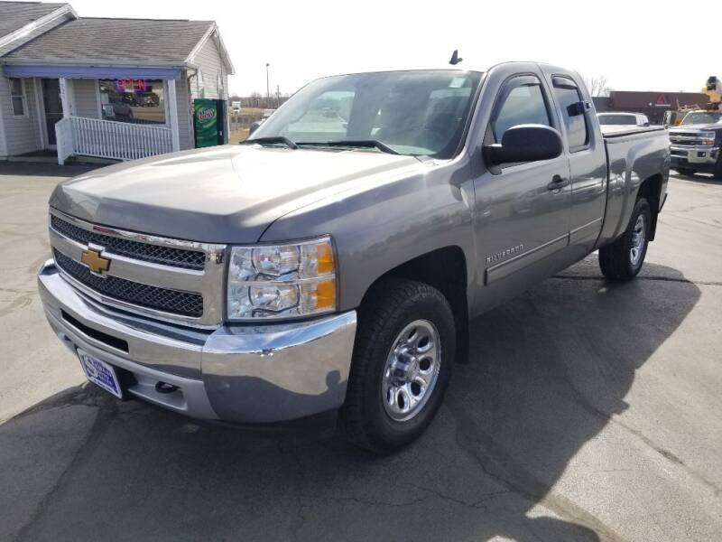 2013 Chevrolet Silverado 1500 for sale at Larry Schaaf Auto Sales in Saint Marys OH