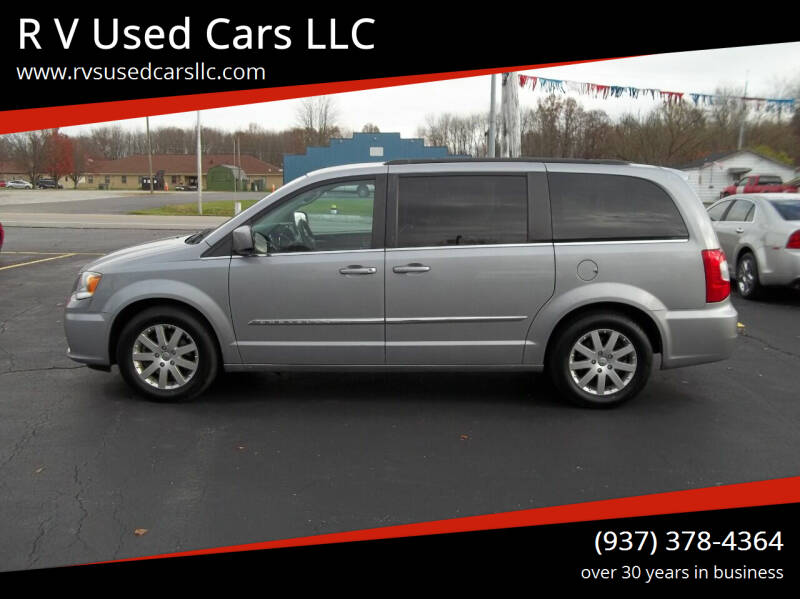 2014 Chrysler Town and Country for sale at R V Used Cars LLC in Georgetown OH