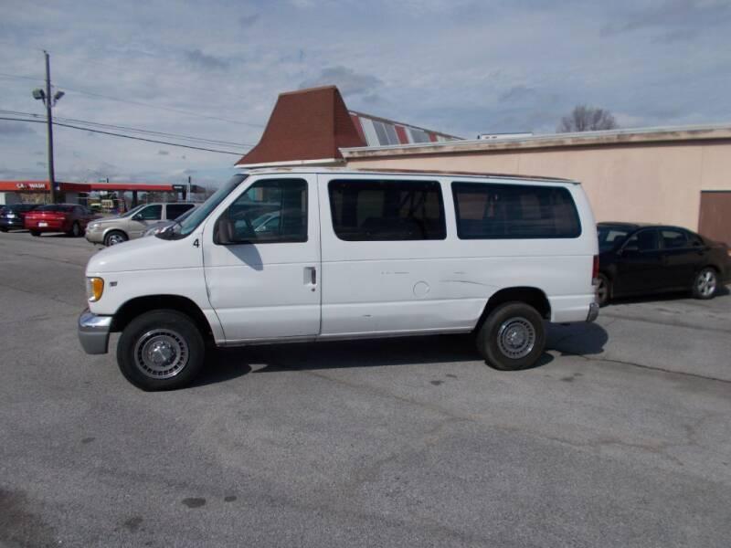 1998 Ford E-350 for sale at A & P Automotive in Montgomery AL