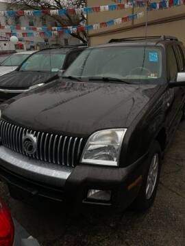 2006 Mercury Mountaineer for sale at GARET MOTORS in Maspeth NY