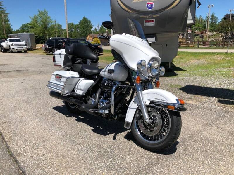 2012 HARLEY DAVIDSON ULTRA CLASSIC for sale at Giguere Auto Wholesalers in Tilton NH
