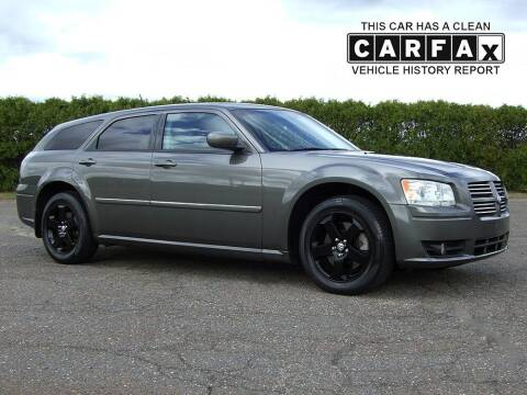 2008 Dodge Magnum for sale at Atlantic Car Company in East Windsor CT