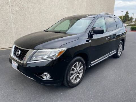 2013 Nissan Pathfinder for sale at Korski Auto Group in National City CA