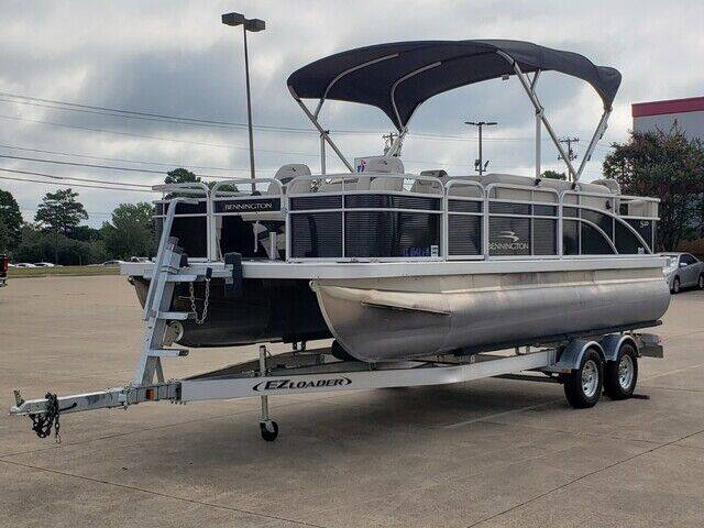 2019 BENNINGTON OTHER for sale at Tyler Car  & Truck Center in Tyler TX