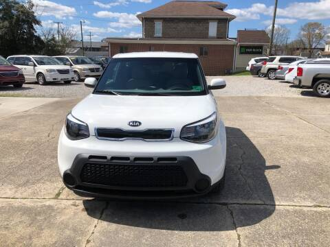 2015 Kia Soul for sale at ADKINS PRE OWNED CARS LLC in Kenova WV