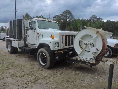 1999 International 2554 for sale at Vehicle Network - Davenport, Inc. in Plymouth NC