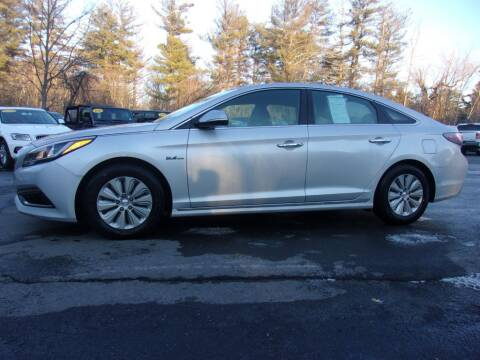 2016 Hyundai Sonata Hybrid for sale at Mark's Discount Truck & Auto Sales in Londonderry NH