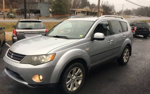 2007 Mitsubishi Outlander for sale at Mikes Auto Center INC. in Poughkeepsie NY